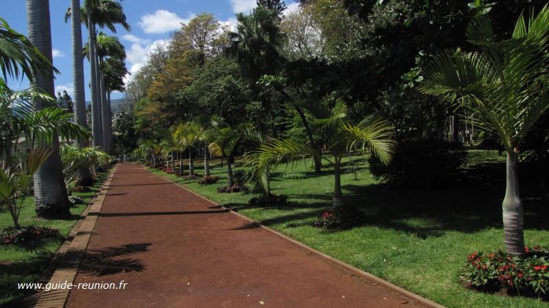 Guide r union le jardin de l 39 etat - Jardin potager bio saint denis ...