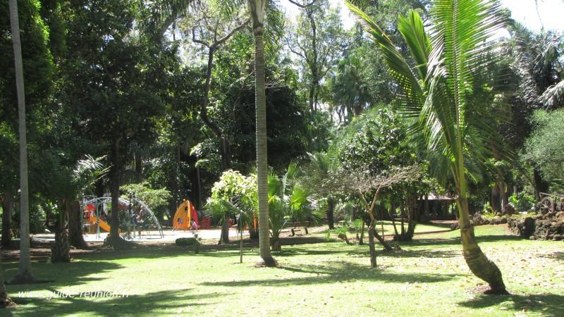 Guide r union le jardin de l 39 etat for Au fond du jardin saint saens